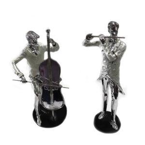 Músicos em resina